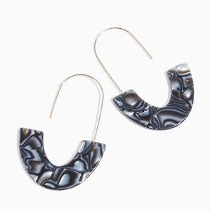 🆕 Black Resin Marble Crescent Drop Earrings